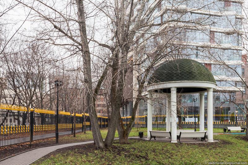 Беседка в Екатерининском парке