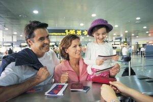 Как открыть шенгенскую визу для своего ребёнка?