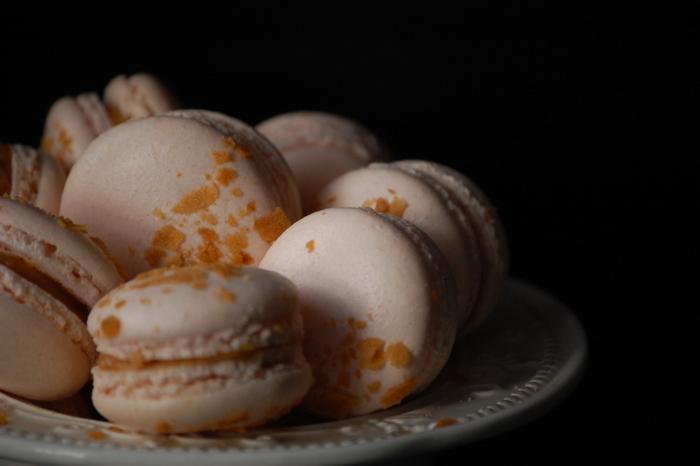 макарон карамельный шоколад