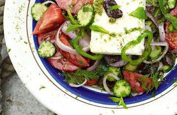 Греческий салат очень вкусный