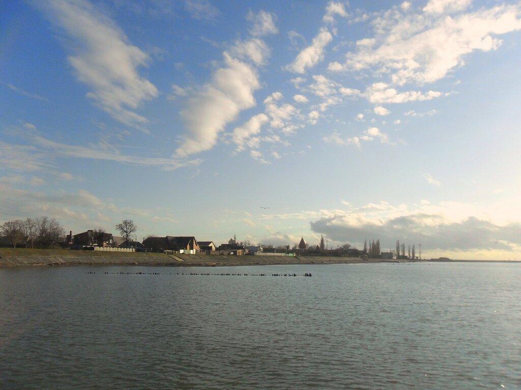 Над берегом облака ... SAM_5385.JPG