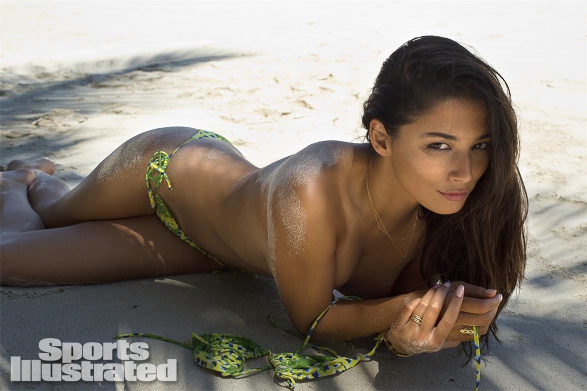 Джессика Гомес в купальниках Sports Illustrated Swimsuit 2014 - Jessica Gomes by Derek Kettela in Madagascar