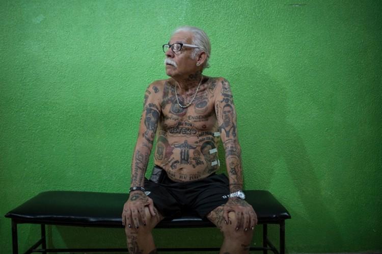 Татуированный болельщик