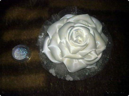 Резинка для волос  с цветком розы. Scrunchy with flower roses step-by-step tutorial