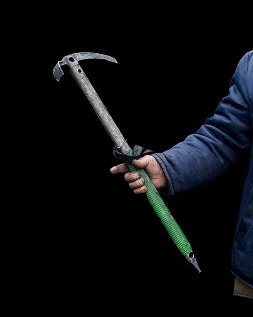 The DIY Weapons of Maidan