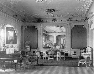 Вид зала в особняке А.Л.Франка.