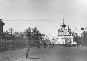 Строй конногренадер на храмовом празднике Конно-гренадерского полка.