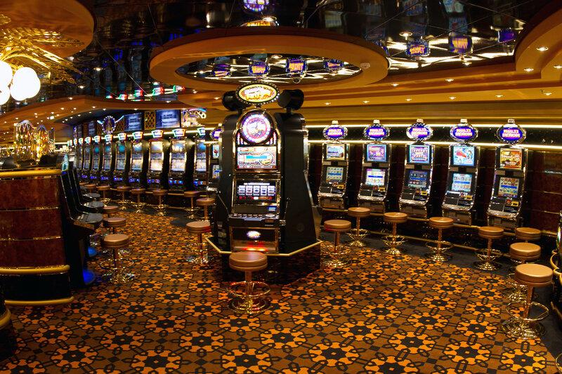 Бонд казино рояль смотреть