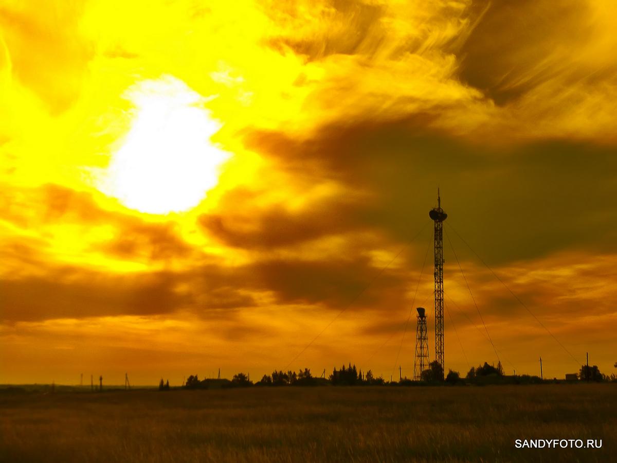 Ретранслятор в Троицке — художественное фото