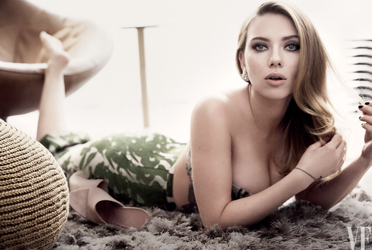 Scarlett Johansson / Скарлетт Йоханссон в отеле New York Palace, фотограф Craig McDean / Vanity Fair may 2014