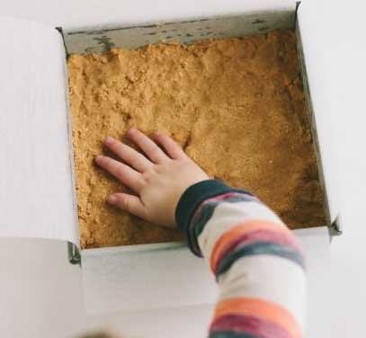 Пирог с арахисовым маслом и шоколадом