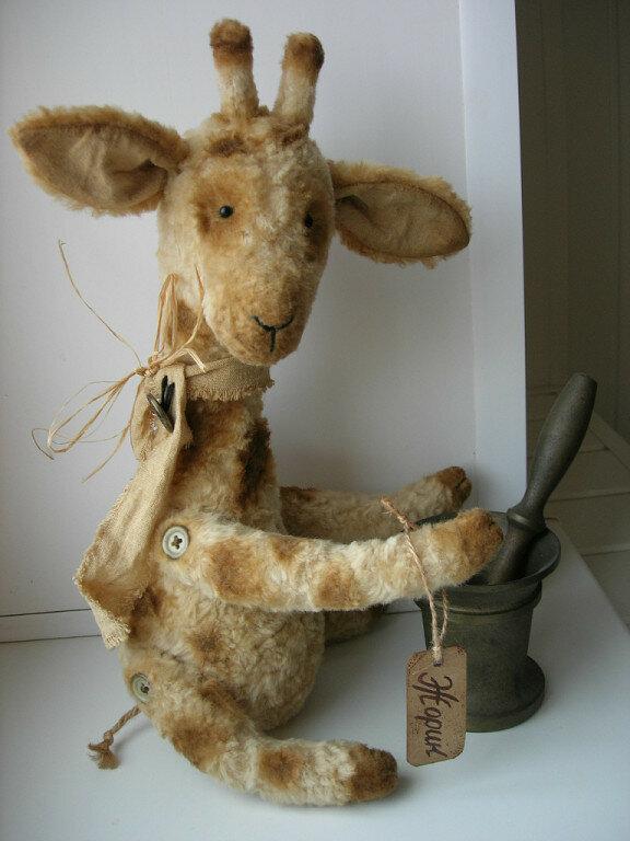 кукла жирафа и ступа