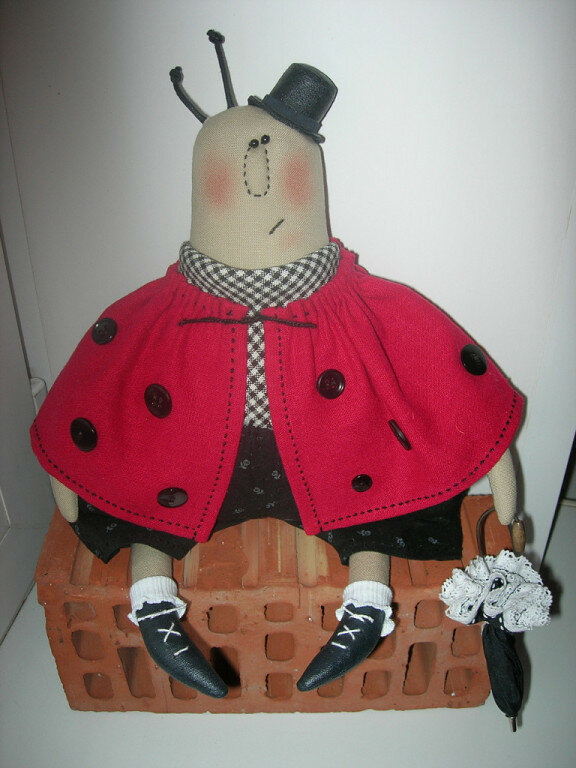 кукла из ткани жук