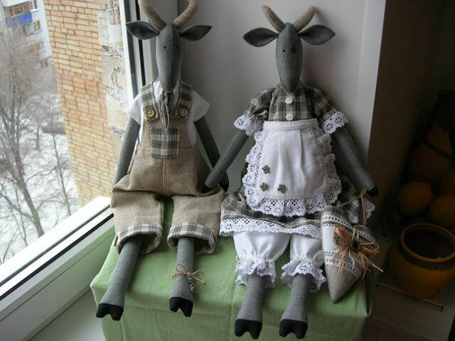 две куклы парнокопытные