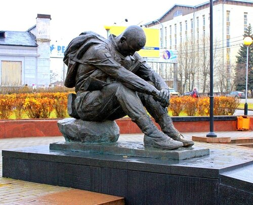 """Памятник """"афганцам"""" в Сыктывкаре."""