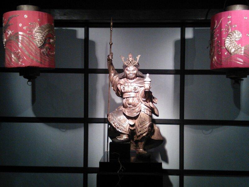 Бог войны защищает буддистские ценности