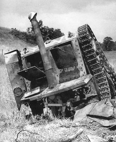 Уничтоженная итальянская САУ Semovente M40.