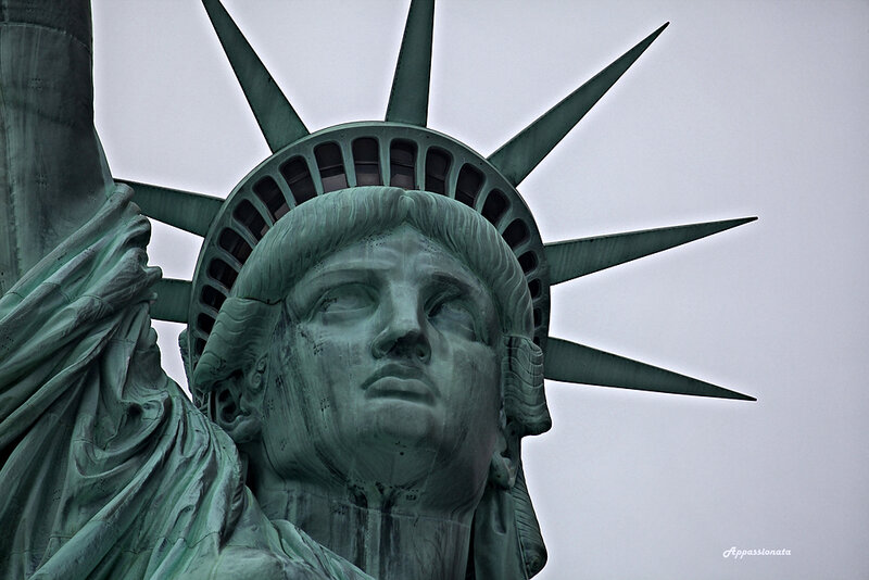 Статуя Свободы и остров Эллис