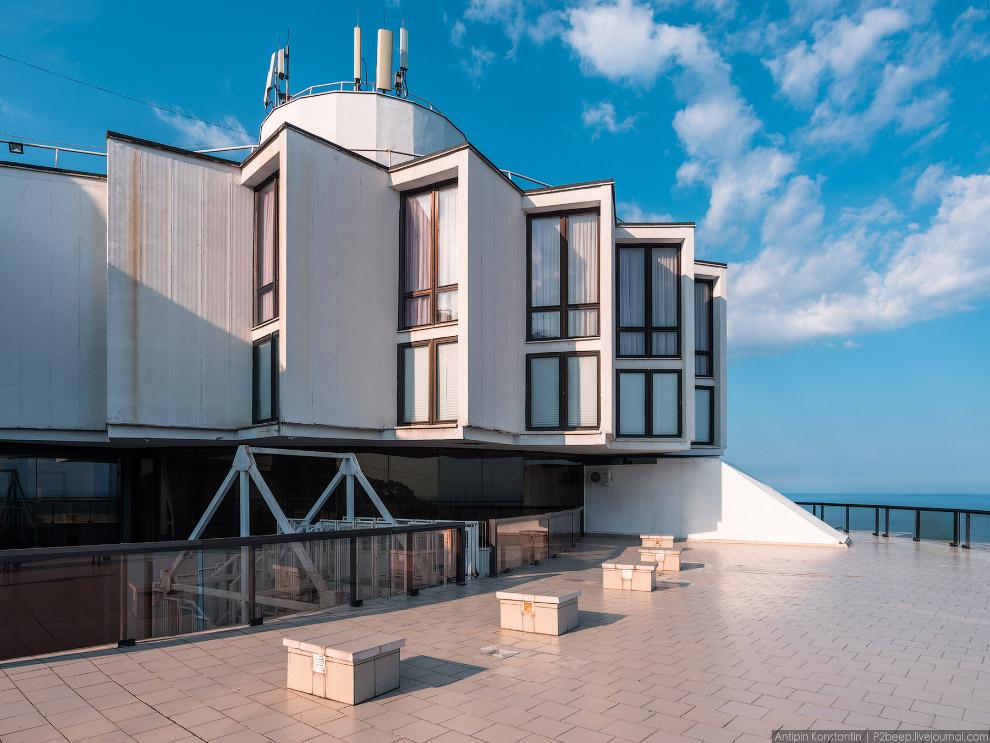 10. Сверху здание напоминает систему шестеренок, надетых друг на друга.