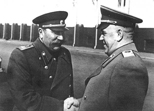 1-Жуков и Буденный.jpg