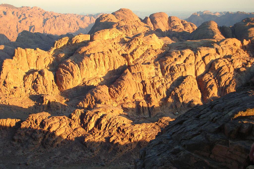 Фотография 7. Встречаем рассвет на горе Моисея в Египте. Одна из самых интересных экскурсий во время нашего отдыха. Марсианские хроники