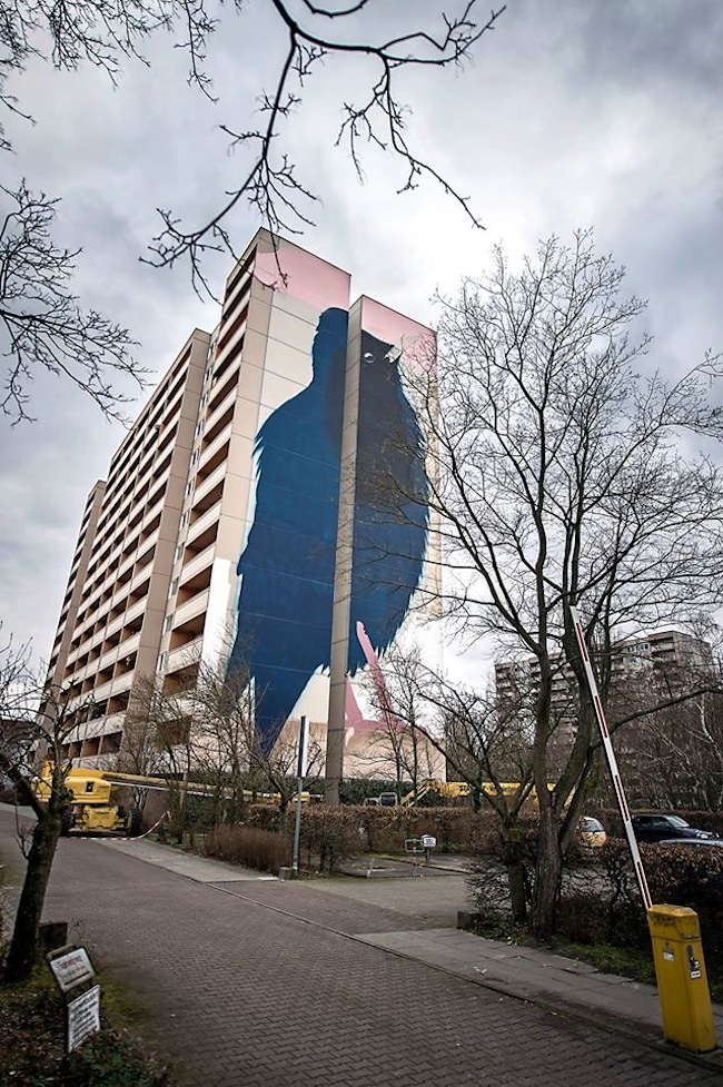Impressive Giant Bird Mural in Berlin