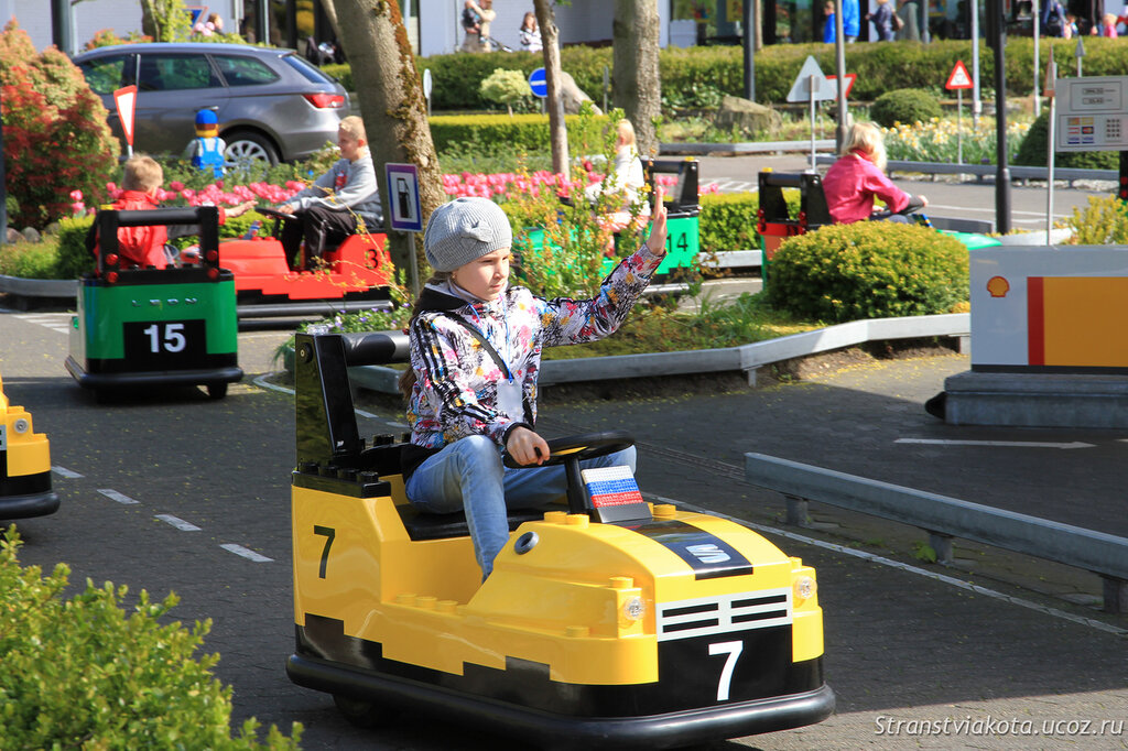 Школа вождения в Леголенде, Дания
