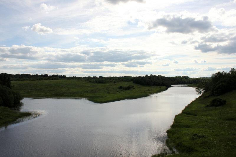 Река Осуга, вид на запад от платформы 168 км, перегон Осуга - Сычёвка