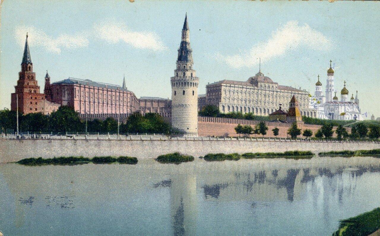Кремль. Вид с Москвы реки
