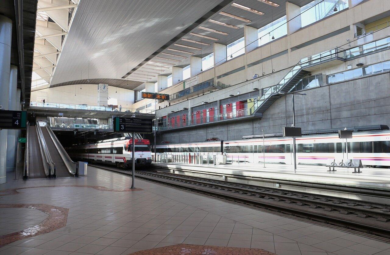 Кастельон-де-ла-ПланаВокзал. Tren Estacion