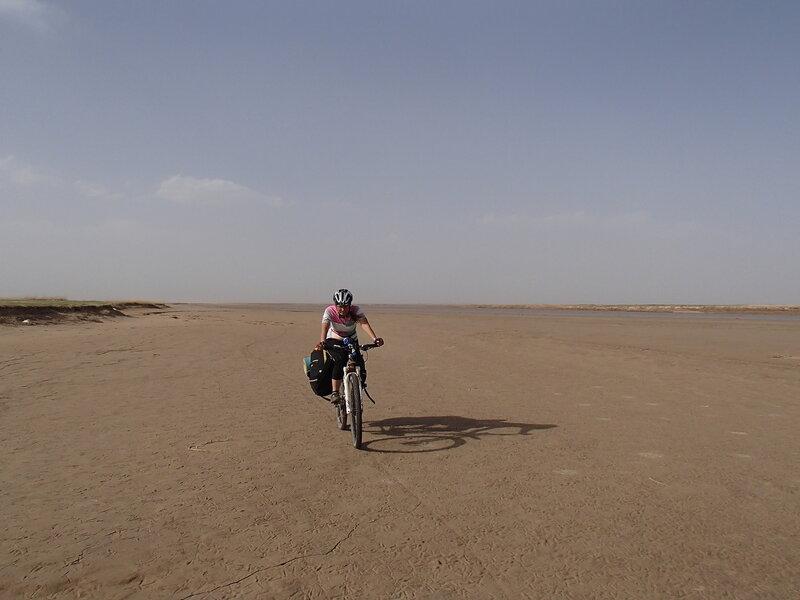 берег река хуанхэ в долине Хэтао, Внутренняя Монголия, Китай