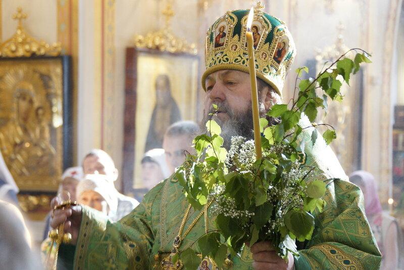 В канун праздника Троицы