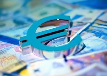 Курс евро стал максимальным за последние 4 года