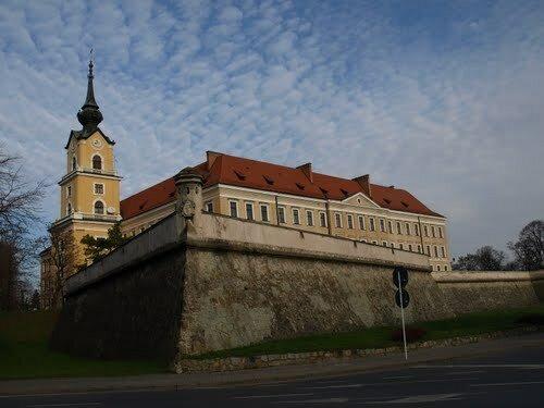 Дворец 17 века принадлежит знатной семье Любомирских