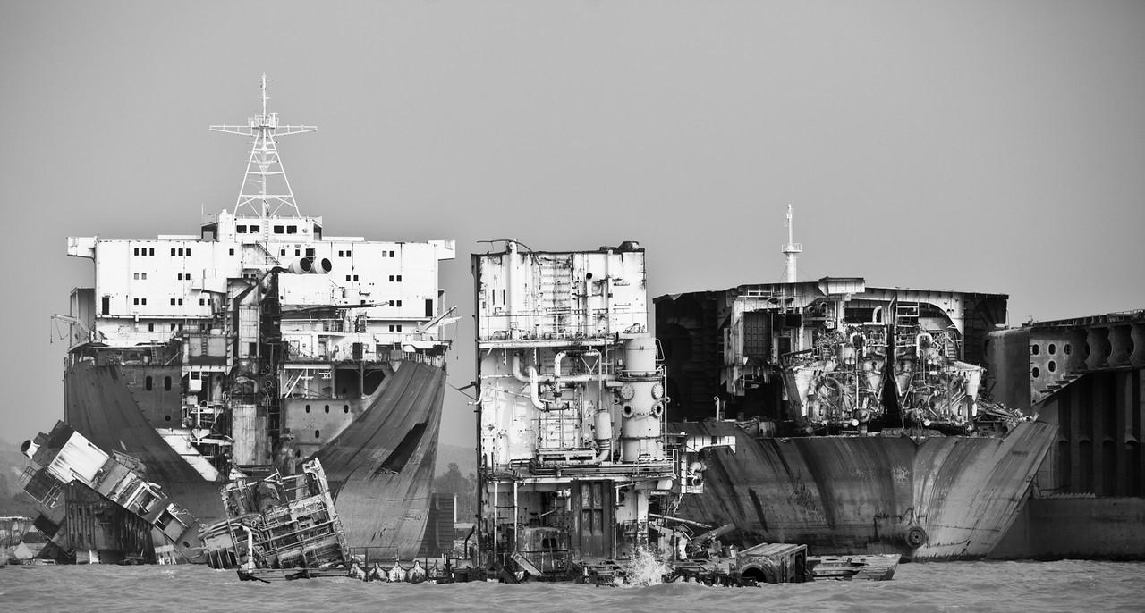 Кладбище кораблей Бангладеш,Корабли