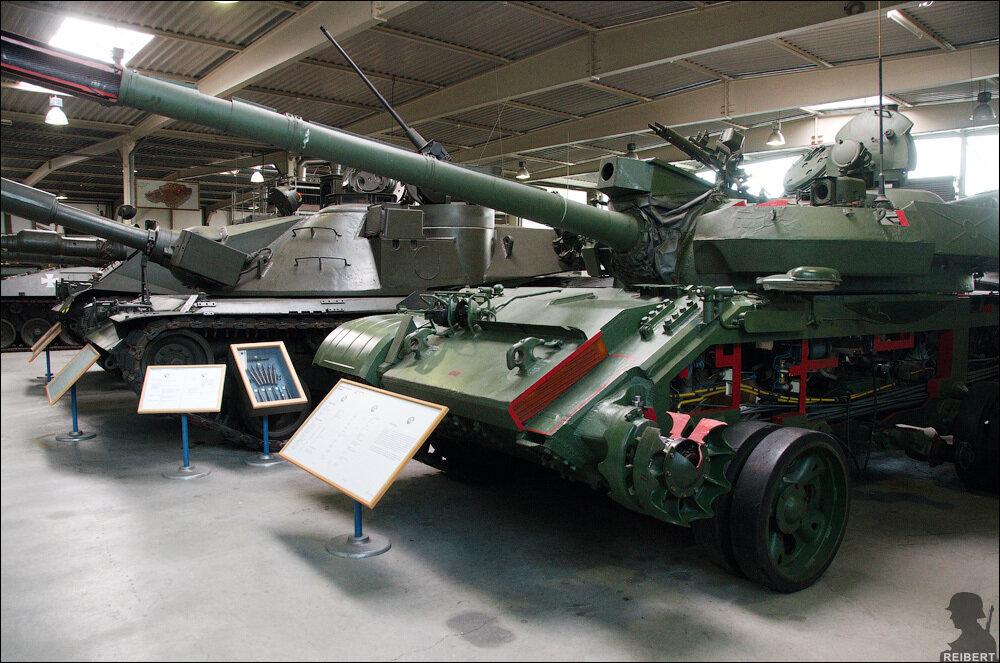 Учебный макет танка Т-55,
