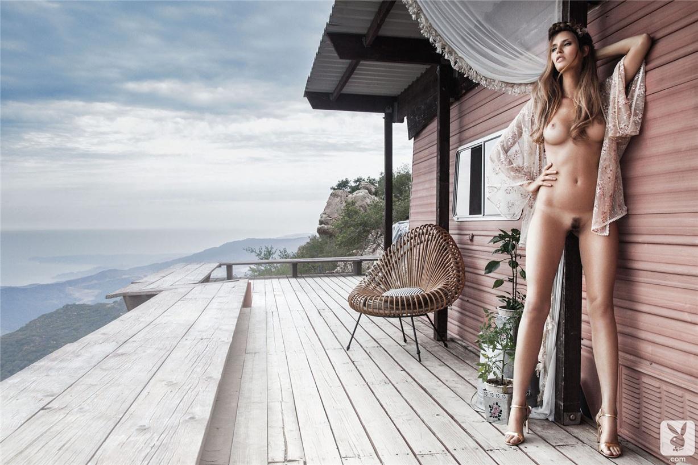 Фото голых итальянских девушек, Итальянки - Смотри бесплатно эротику и порно 7 фотография