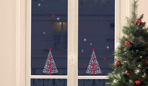 Рождественский декор на окнах