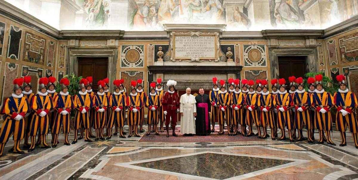Швейцарская гвардия Ватикана: Новобранцы присягают на верность Папе Римскому (34)