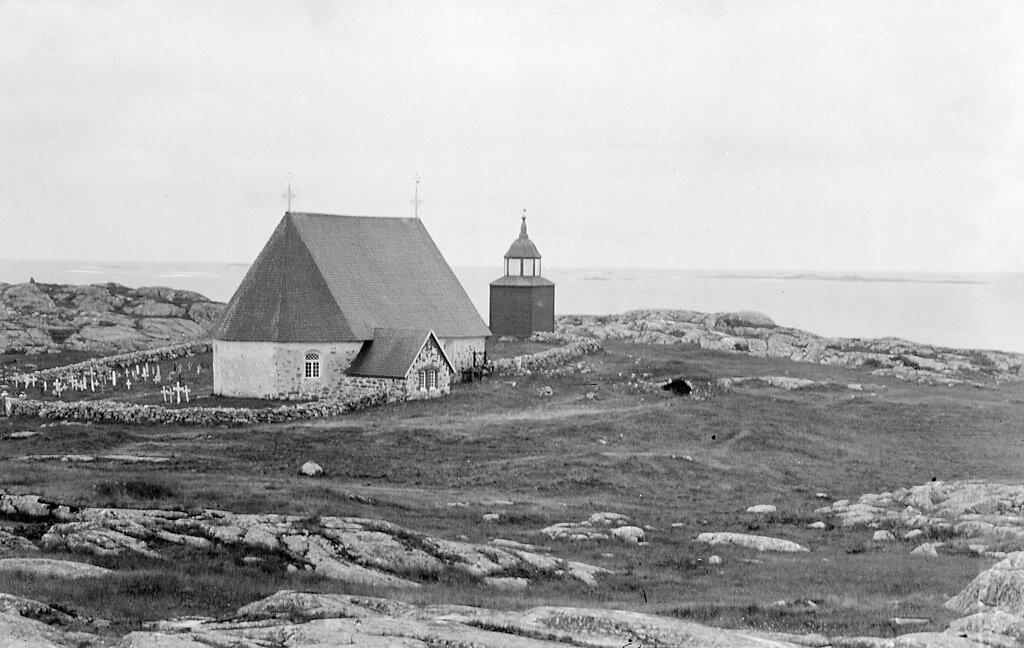 Церковь Св. Анны на Аландских островах в Балтийском море. 1890