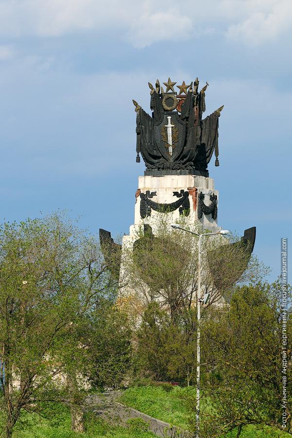 Монумент «Соединение пяти морей»