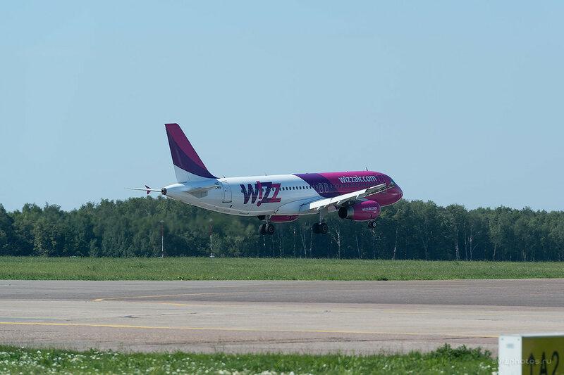 Airbus A320-232 (HA-LWQ) Wizz Air D809429