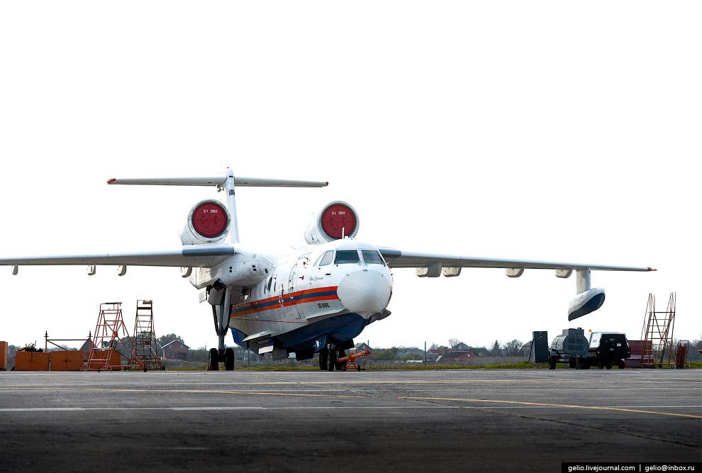 21. Неофициальное название гидросамолёта — «летающая лодка». Днище фюзеляжа переменной килевато
