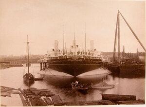 Яхта Ливадия в [доке].