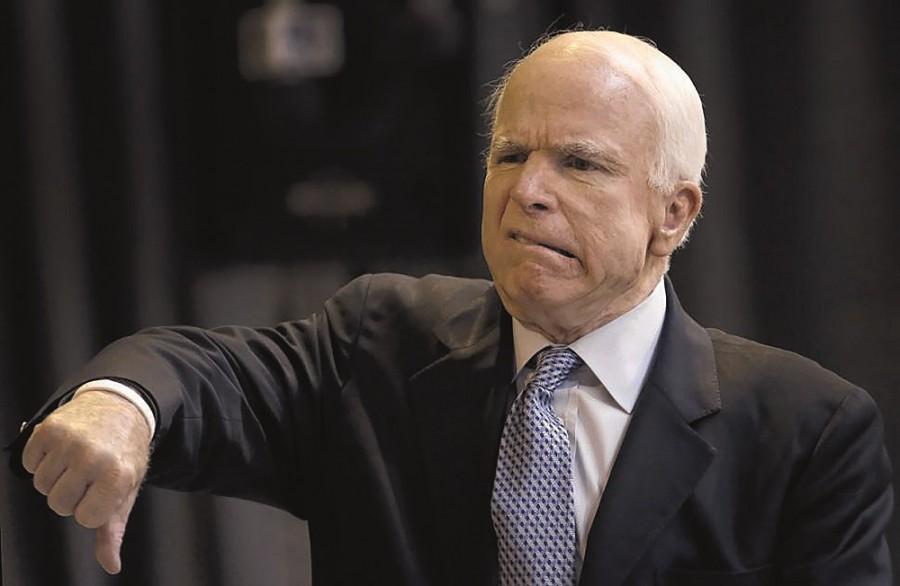 Джон Маккейн рассчитывает нато, что США предоставят Украине смертельное оружие