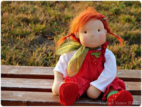 рыжая куколка