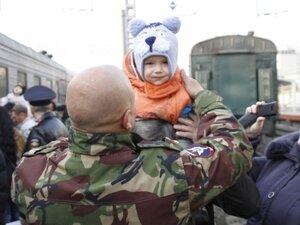 Во Владивостоке встретили бойцов сводного отряда полиции, вернувшихся из Северо-Кавказского региона