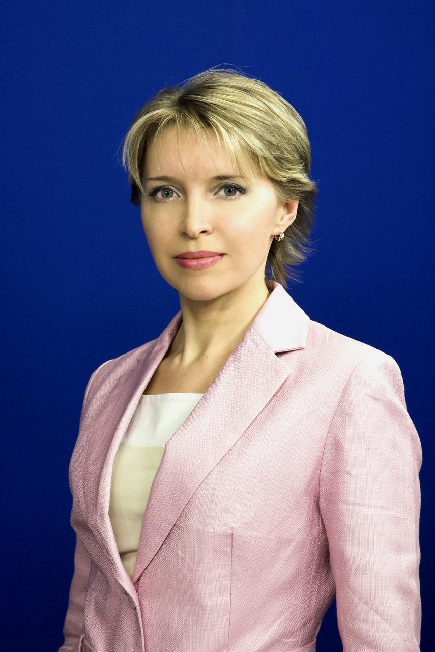 ТАРАСОВА Елена Николаевна