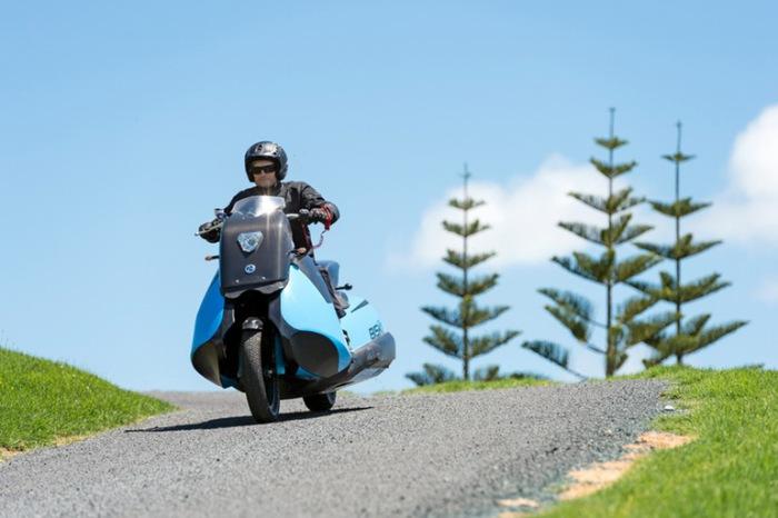 Мотоцикл Biski имеет двигатель мощностью всего 55 лошадиных сил с двумя цилиндрами. Однако этого впо