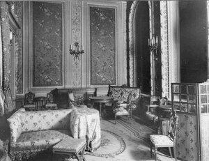 Вид части будуара (архитекторы В.И.Шене, В.И.Чагин, 1896-1897).